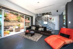 011-Living_Room-1159460-mls